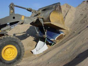 Loading bulk bags