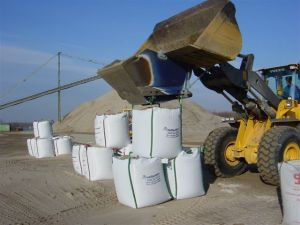 Loading bulk bags fast